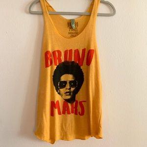 TOUR Bruno Mars Tank